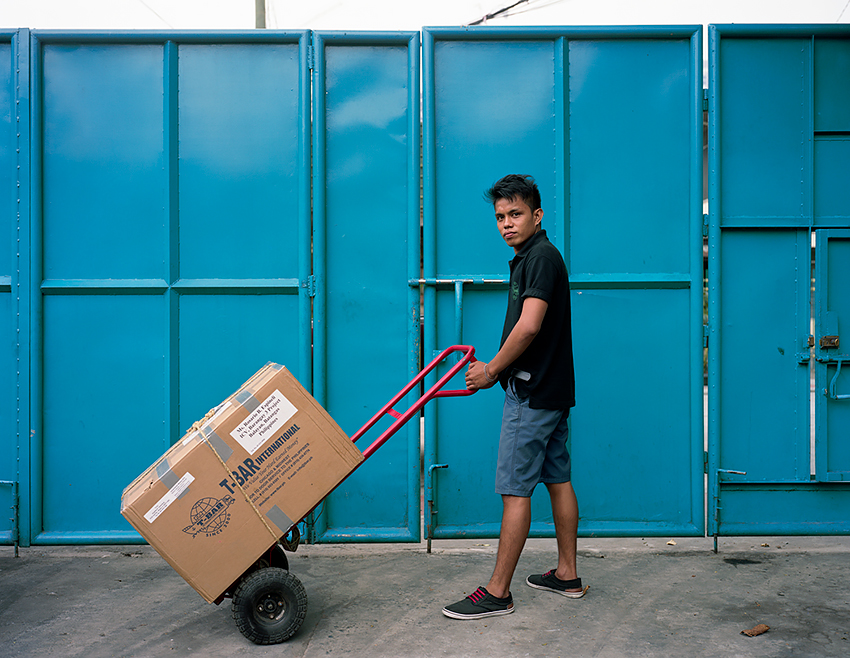 Jason Reblando - Man with Balikbayan Box, Quezon City