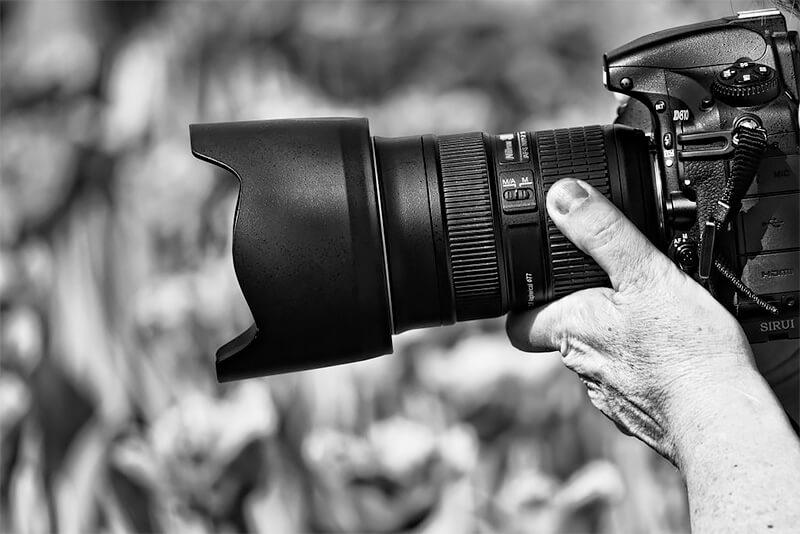 How to Choose a Camera: A Comprehensive Guide