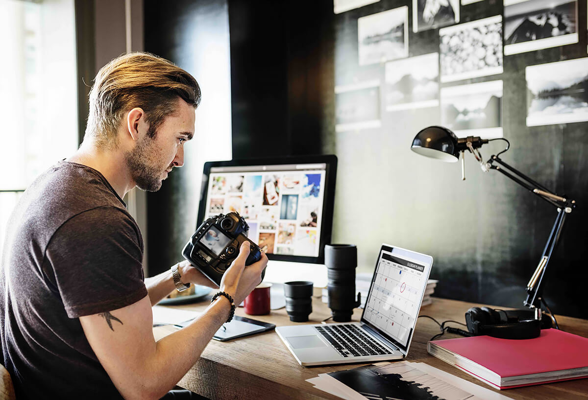10 Tips for Growing a Small Photography Business | Photo Article