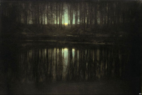 Edward Steichen: The Pond-Moonlight (1904)