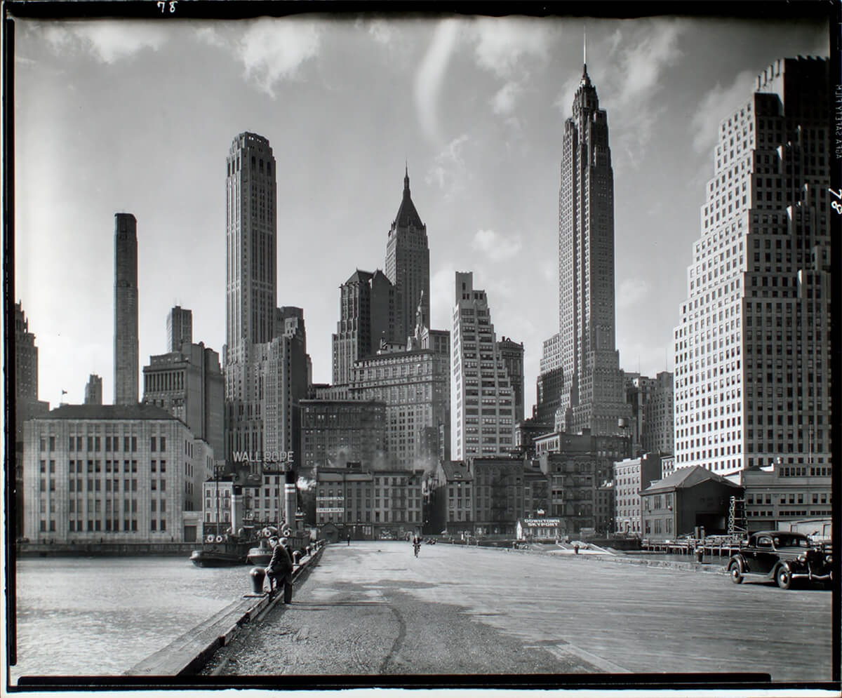 Manhattan Skyline: I. South Street and Jones Lane, Manhattan. 1936 ©New York Public Library<p>© Berenice Abbott</p>