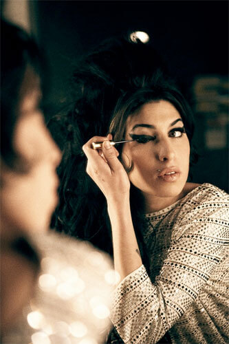 Amy Winehouse 2007<p>Courtesy Trunk Archive / © Bryan Adams</p>