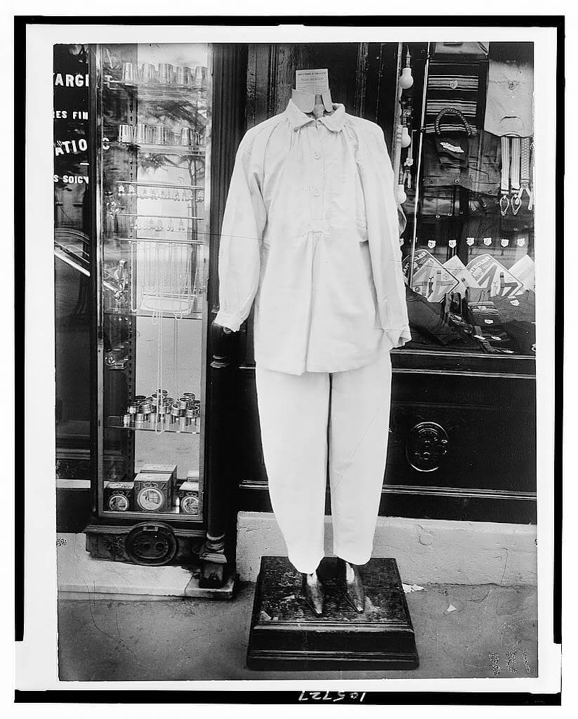 Mannequin, between 1895 and 1927, printed 1956<p>© Eugène Atget</p>