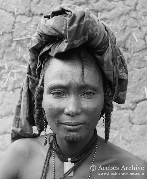 Unidentified woman, Nigeria, 1953<p>© Hector Acebes</p>