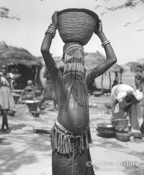 Unidentified girl, Chad, 1949<p>© Hector Acebes</p>