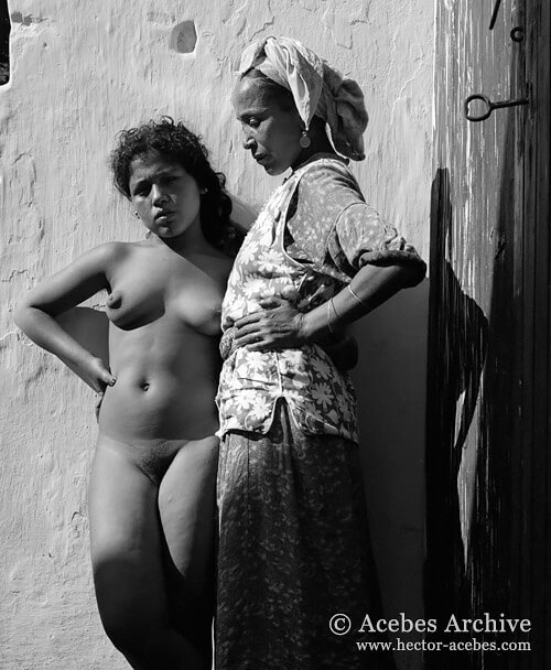 Casablanca red-light district, Morocco, 1948<p>© Hector Acebes</p>