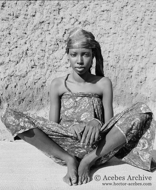 Unidentified girl, Cameroon, 1953<p>© Hector Acebes</p>
