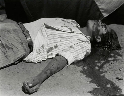 Striking Worker Murdered, 1934<p>Courtesy Archivo Manuel Álvarez Bravo / © Manuel Álvarez Bravo</p>