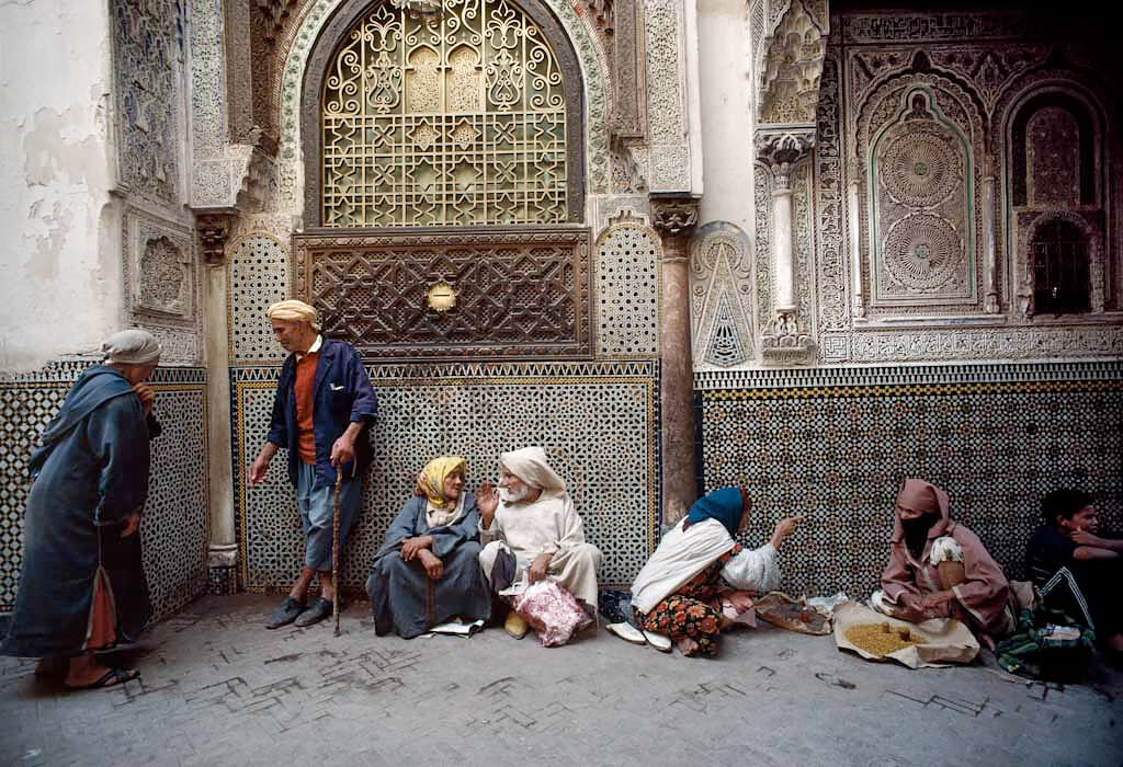 Zaouia of Moulay Idriss, Fez,1984 <p>Courtesy Magnum Photos / © Bruno Barbey</p>