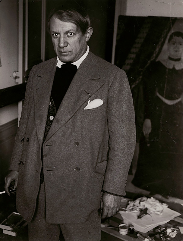 George Brassaï - The Right Hand of Picasso (1943)