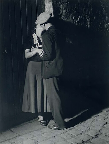 George Brassaï - Lovers in the Latin Quarter (1932)