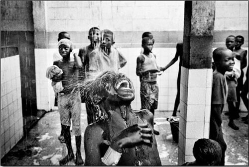 Children at a centre for street kids in Kinshasa. 2005<p>© Marcus Bleasdale</p>
