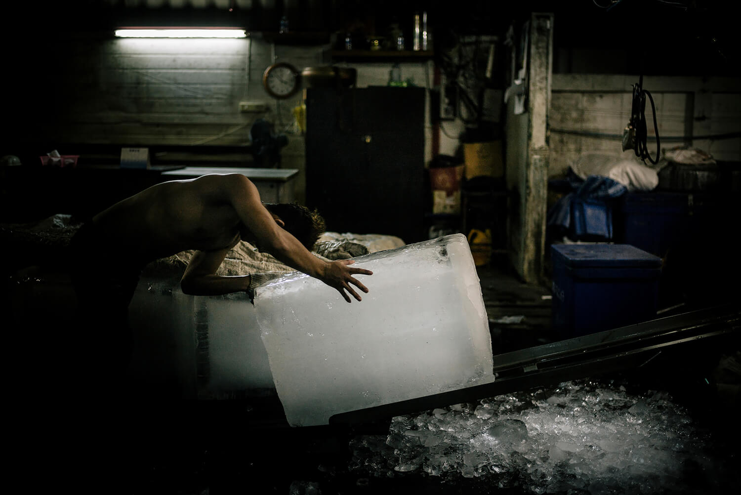 Burma: Slavery at Sea. A Burmese migrant working illegally in Saphan Pla fish market in Bangkok. <p>Courtesy Redux Pictures / © Jean-Michel Clajot</p>