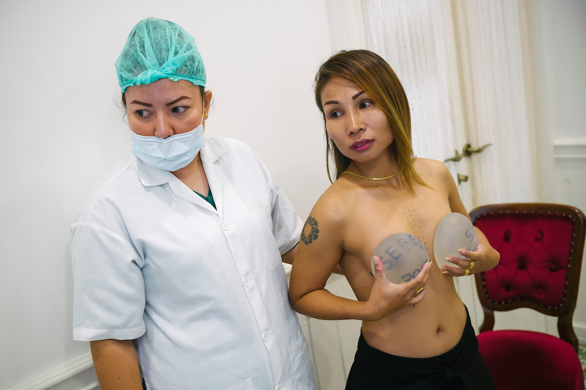 The Complex World of Love in Thailand. Bangkok January 29 2018. Jintana at Lelux Hospital<p>Courtesy Redux Pictures / © Jean-Michel Clajot</p>