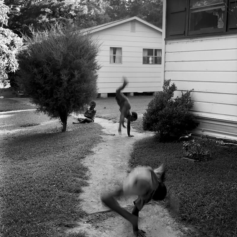 Keith Carter - Keith Carter, Uncertain, Harrison County, 1985, Courtesy PDNB Gallery, Dallas, TX