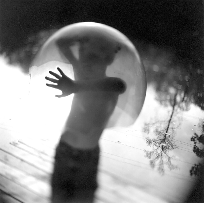 Keith Carter - Keith Carter, Bubble, 2003, Courtesy PDNB Gallery, Dallas, TX