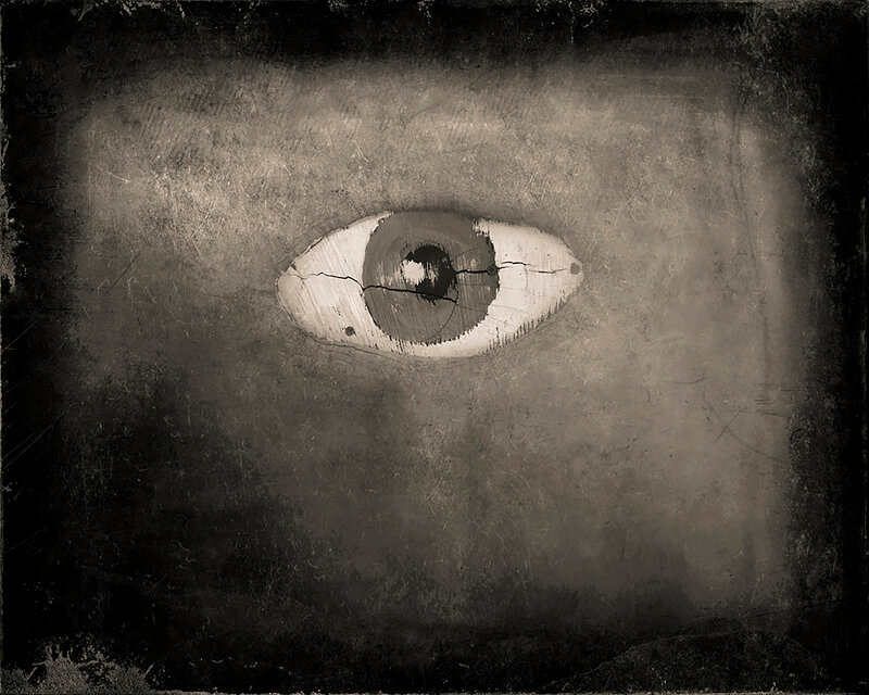 Keith Carter - Keith Carter, Ojo, 2014, Courtesy PDNB Gallery, Dallas, TX