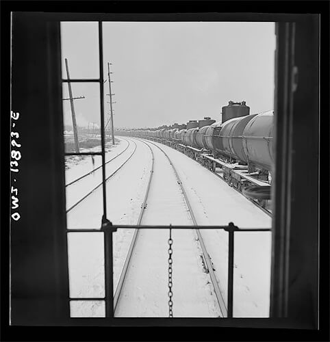 Jack Delano - Freight operations on the Indiana Harbor Belt railroad 1943 ©Library of Congress