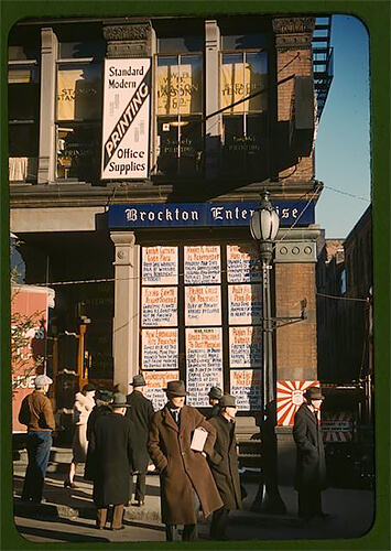 Jack Delano - Headlines posted in street-corner window of newspaper office 1940 ©Library of Congress