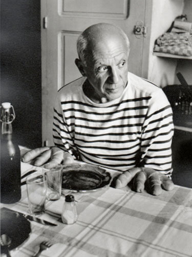 Robert Doisneau - Picasso and the Loaves, 1952