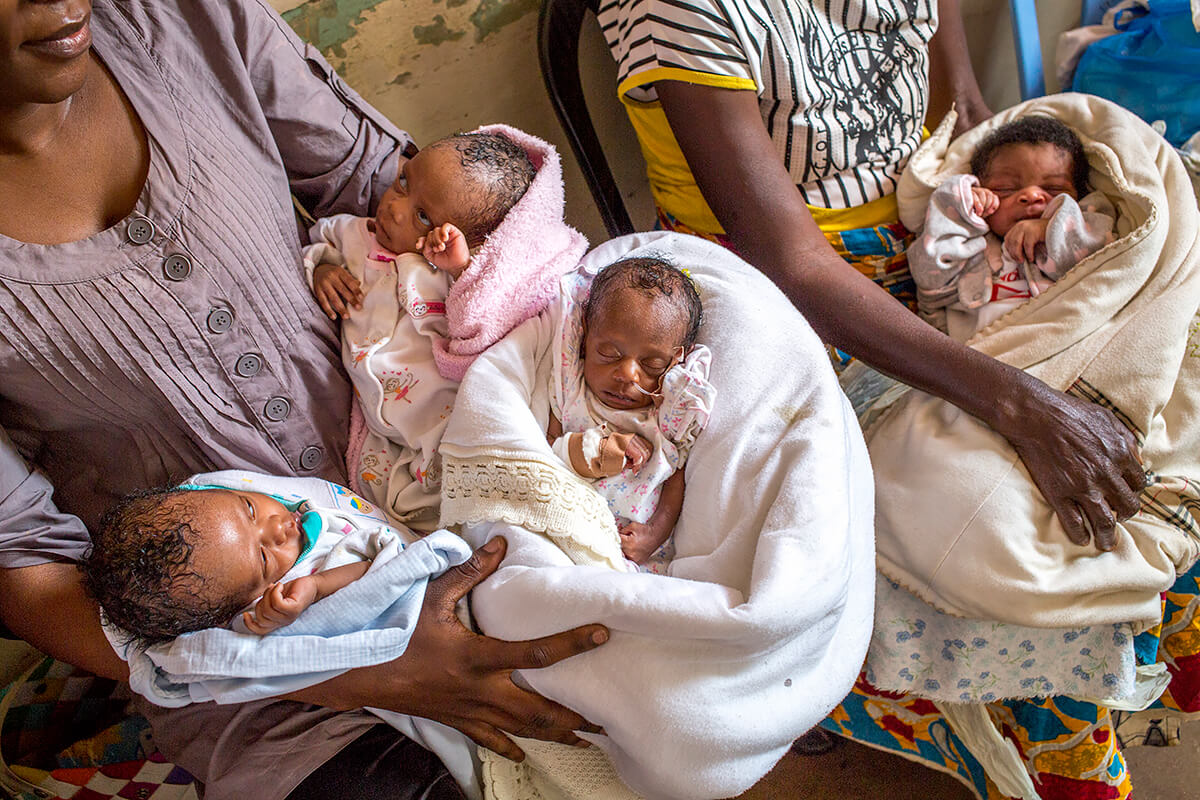 Surviving birth in one of the world's hardest places, triplets in the Neonatal Intensive Care Unit (NICU) at Sendwe Hospital in Lubumbashi, Congo<p>© Georgina Goodwin</p>