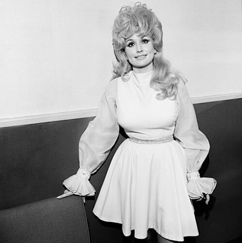 Dolly Parton, Symphony Hall, Boston, MA, 1972 <p>© Henry Horenstein</p>