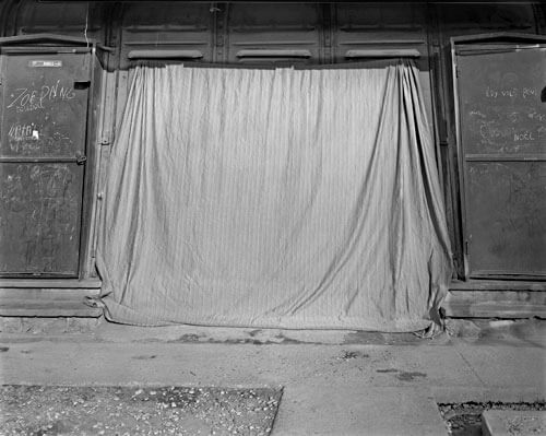 Backdrop, Camp Guillaume Manigat, March 2011<p>© Laura Heyman</p>
