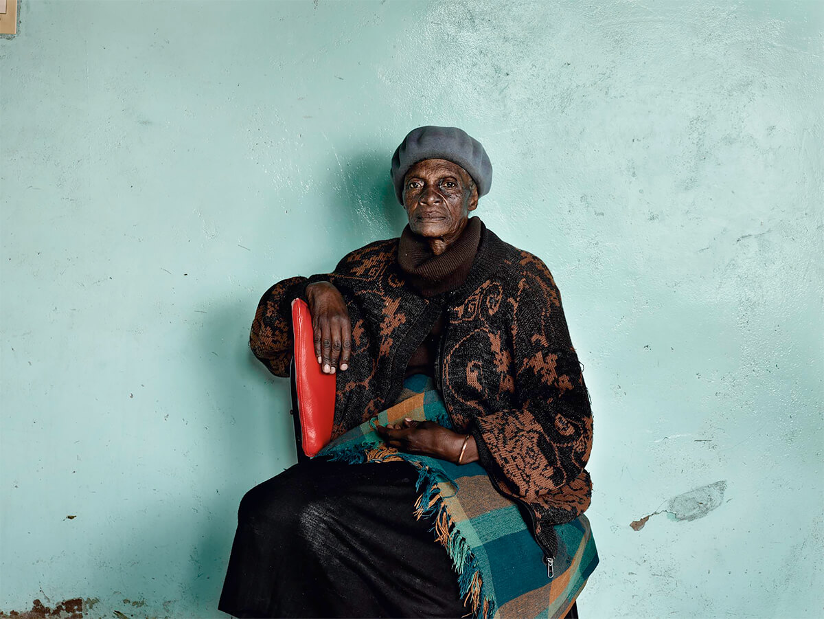 Pieter Hugo - From the series Kin, Meriam 'Mary' Tlali, who spent her entire adult life working as a maid for my grandmother, Kroonstad, 2011 © Pieter Hugo