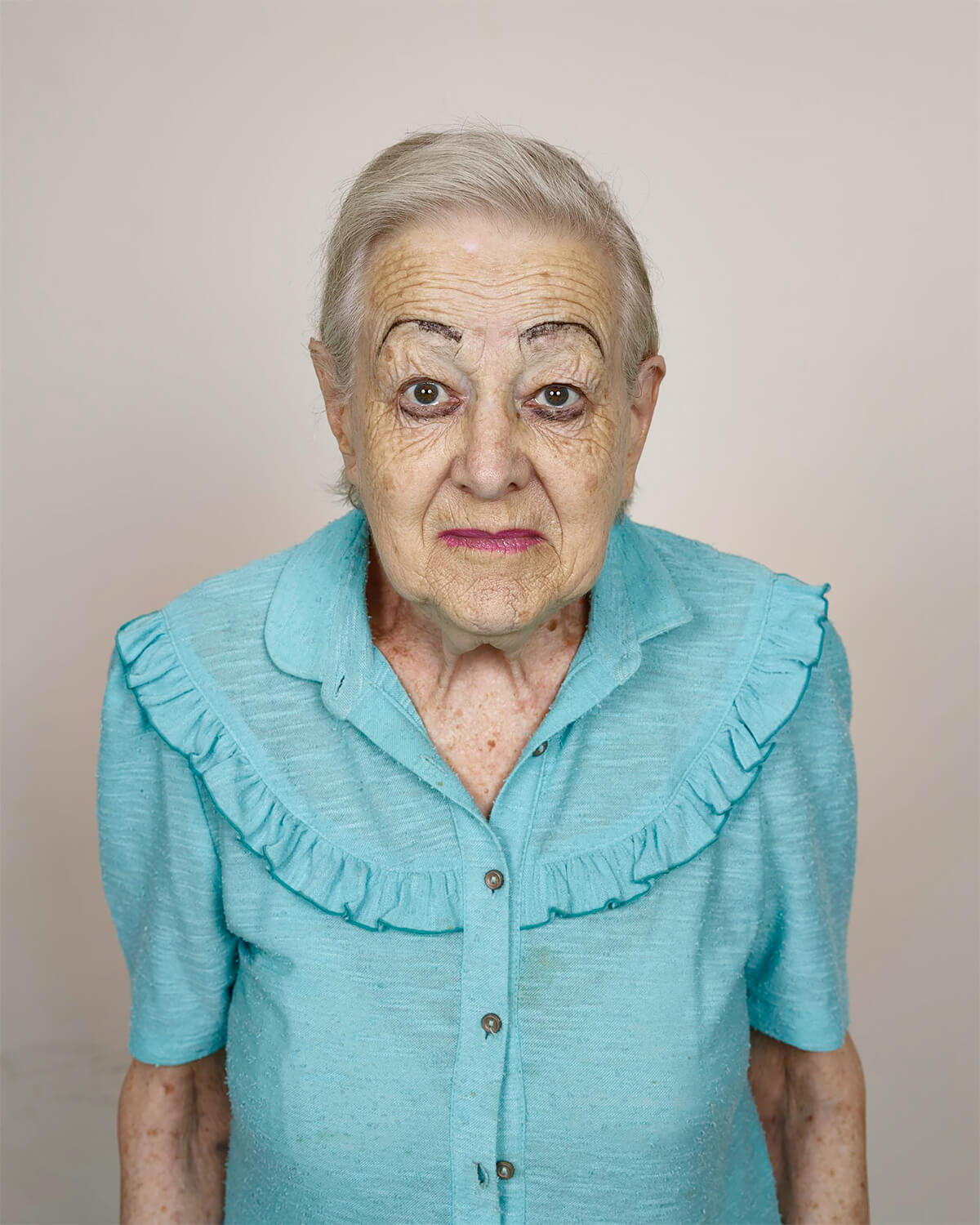Pieter Hugo - From the series Kin, Rina Veldsman, Monte Rosa Old Age Home, Cape Town, 2013 - Digital C-Print © Pieter Hugo, Courtesy Yossi Milo Gallery