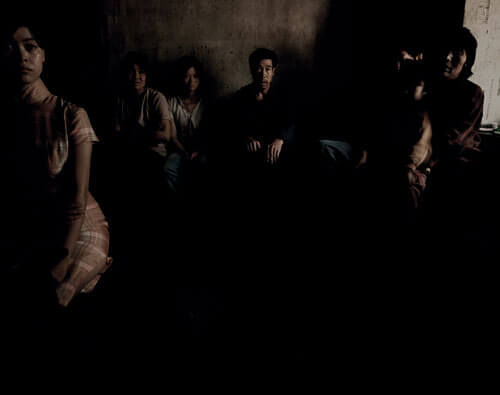 Chen Jiagang - Third Front: People sitting in the room ©Chen Jiagang / Courtesy Galerie Paris-Beijing