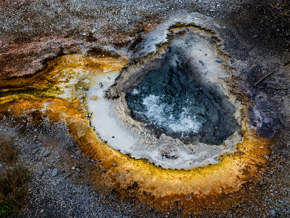 Upper Geyser Basin 18<p>© Don Jacobson</p>