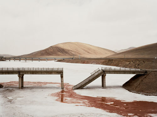 Fallen Bridge II, Qinghai, 2007<p>Courtesy Trunk Archives / © Nadav Kander</p>