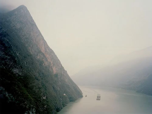 Wu Gorge, Hubei Province, 2007<p>Courtesy Trunk Archives / © Nadav Kander</p>