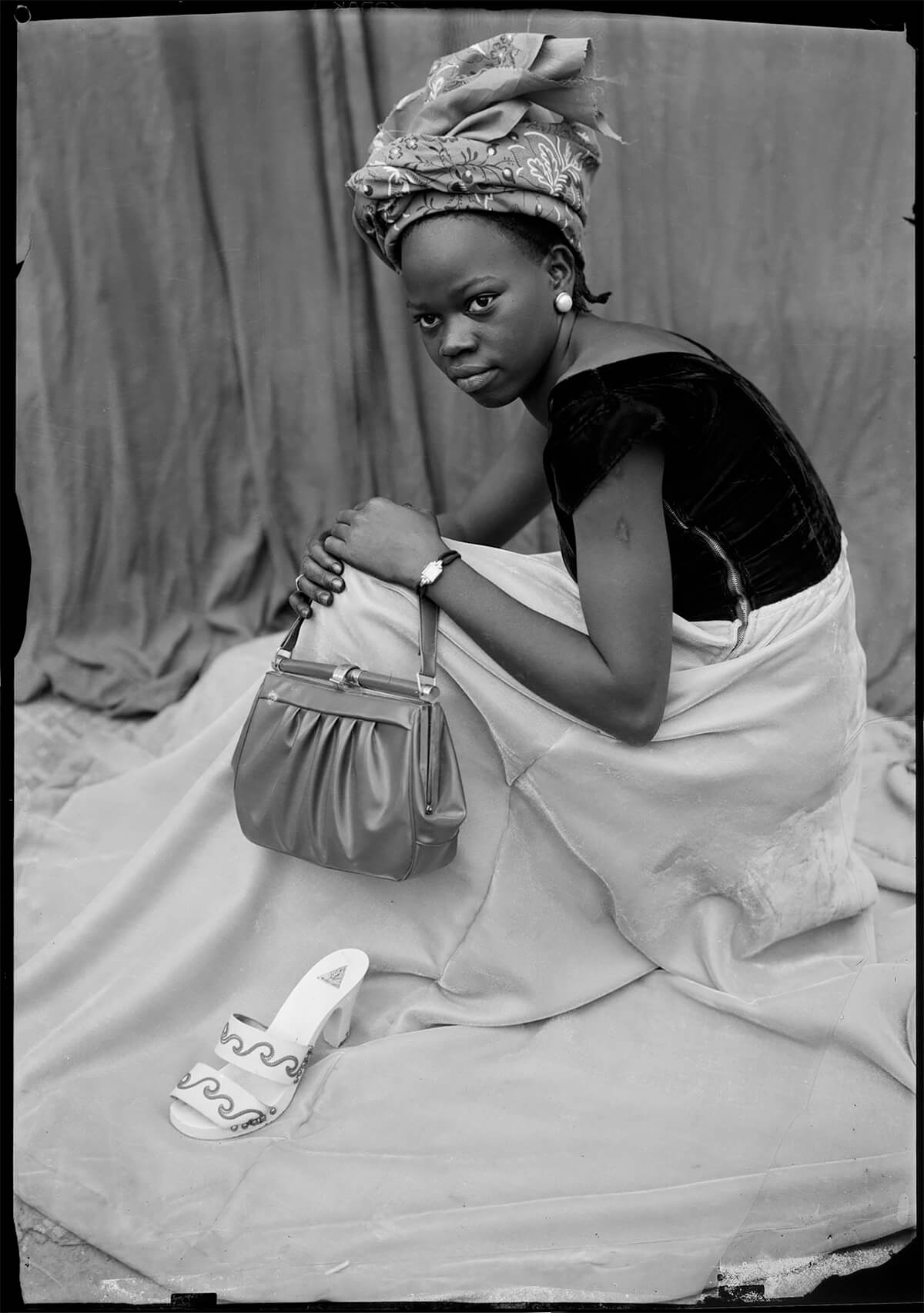 <p>Courtesy Trunk Archives / © Seydou Keïta</p>
