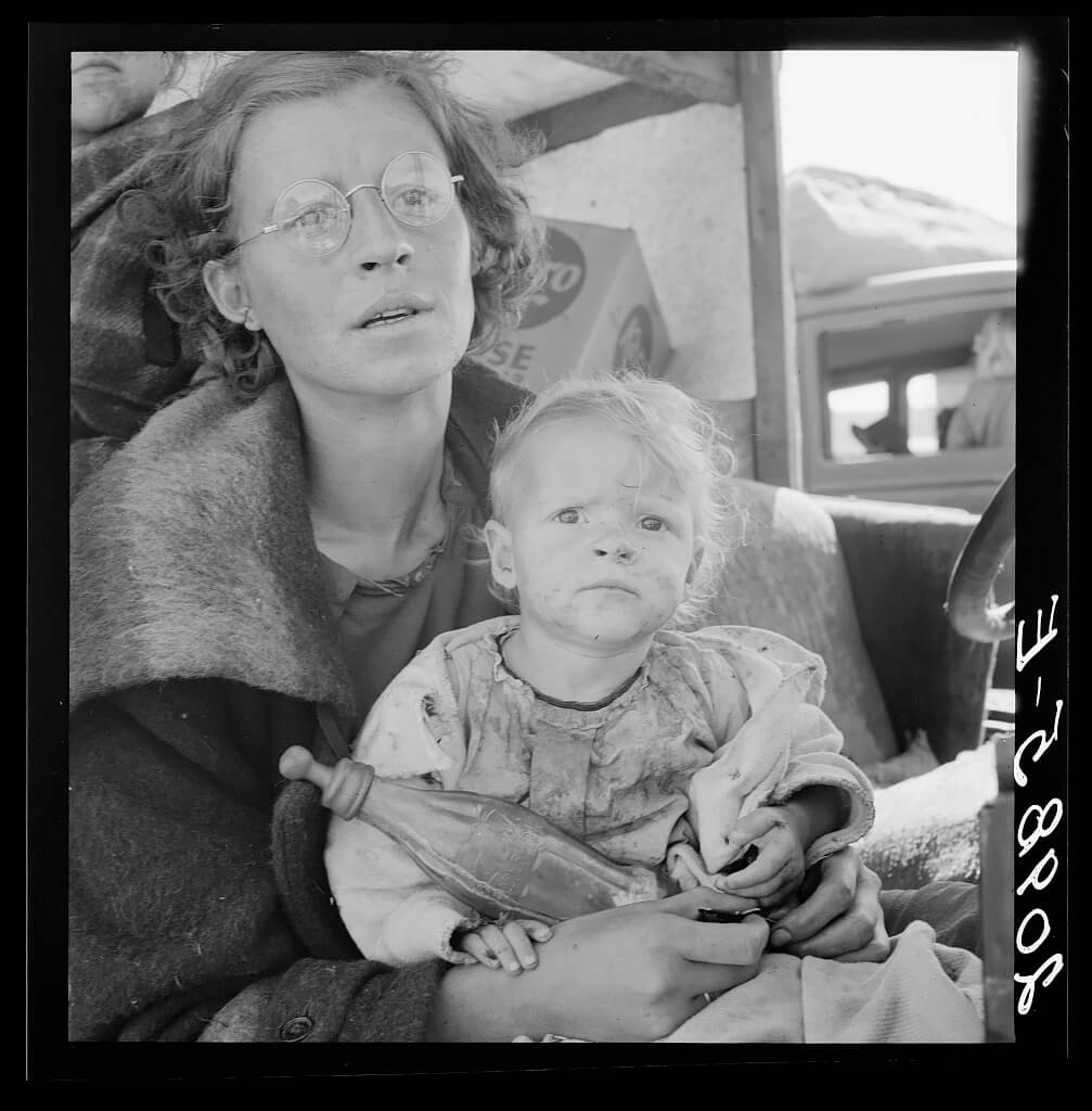 Dorothea Lange - Drought refugees from Texas encamped in California near Exeter. Seven in family. 1936 © Library of Congress