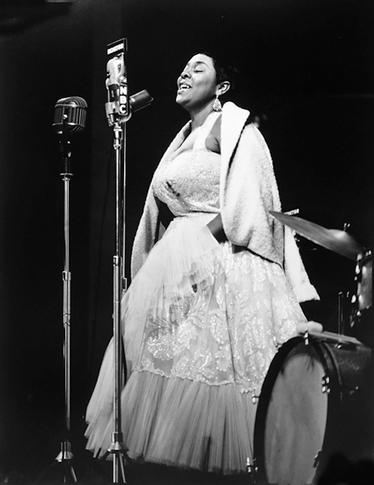 Dinah Washington, Newport, 1955<p>© Herman Leonard</p>