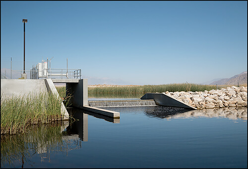 Jennifer Little - Main LADWP Pumping Station, Owens Lake, CA, 2013