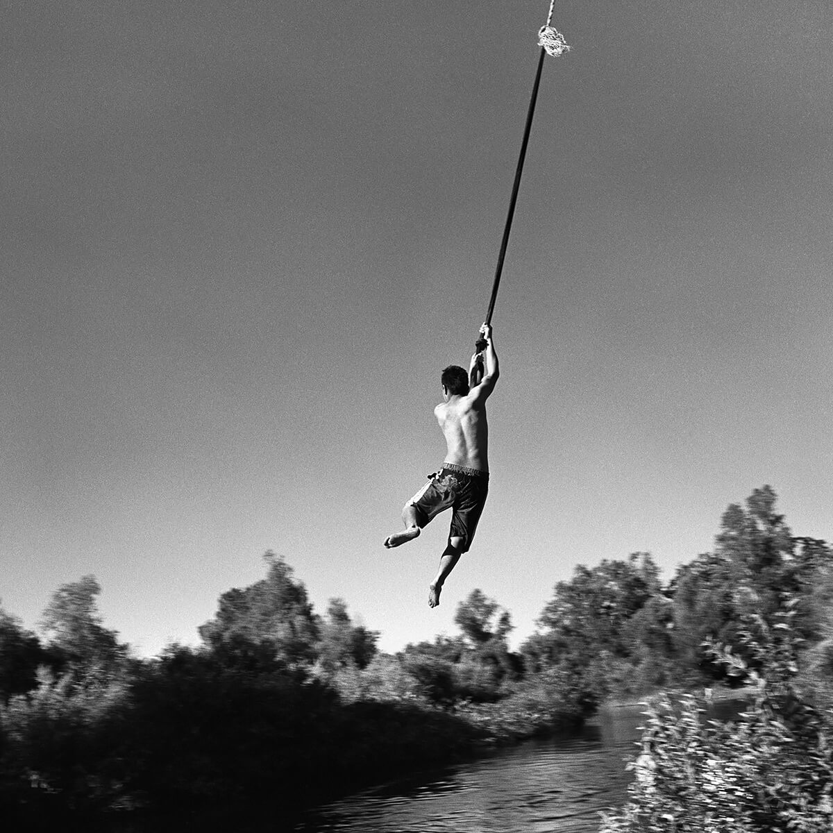 Rope Swing<p>Courtesy www.contactpressimages.com / © Ken Light</p>