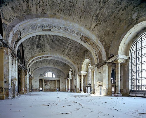 Yves Marchand & Romain Meffre - Michigan Central Station, Waiting Hall, 2008