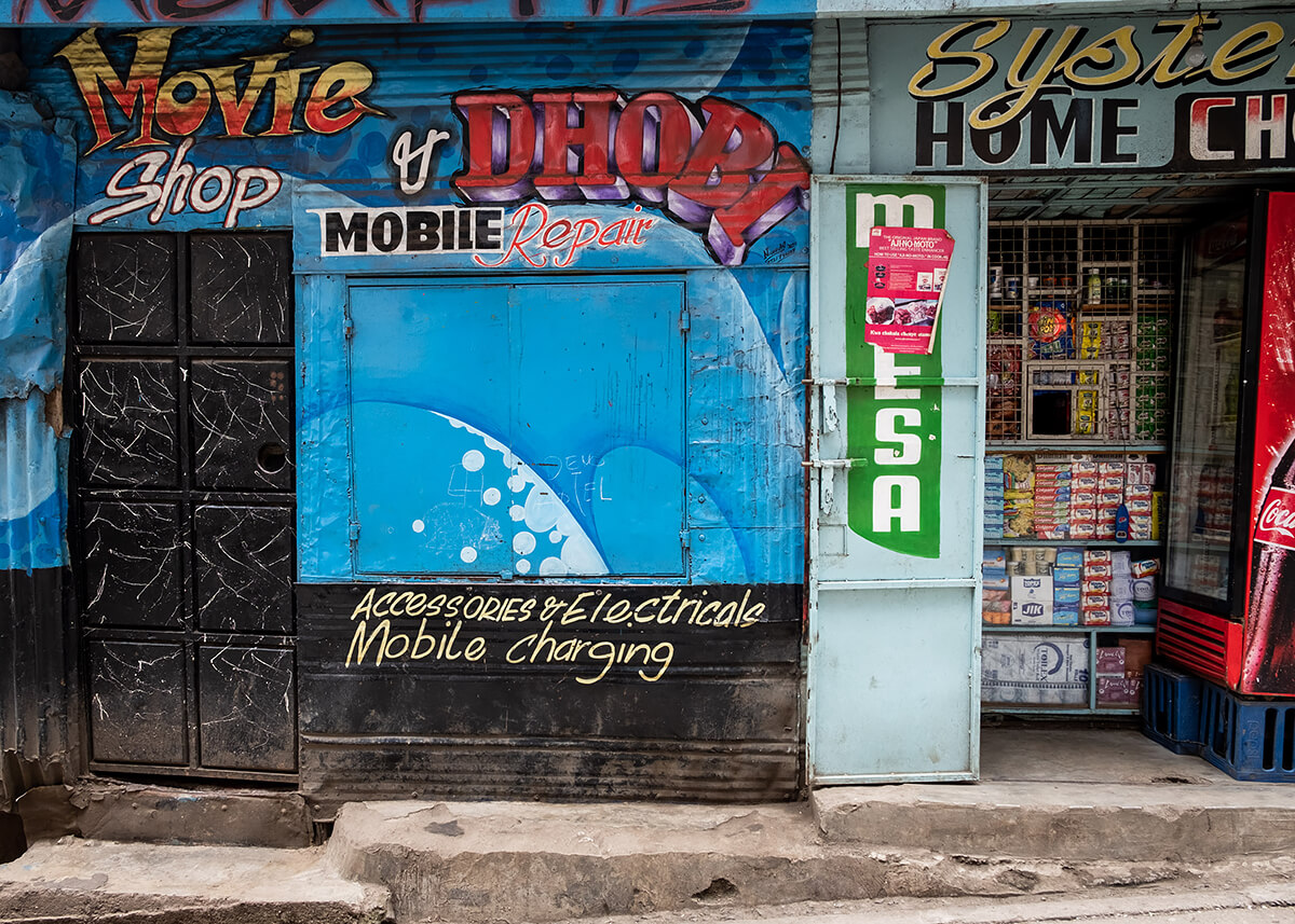 Movie Shop & Dhobi (laundry), Mathare<p>© Betty Press</p>
