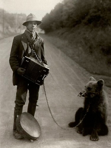 Showman with Performing Bear in the Westerwald, 1929<p>© August Sander</p>