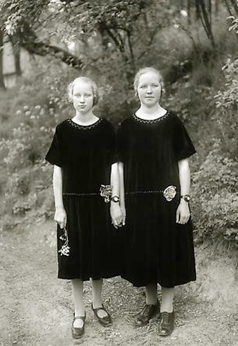 Country Girls, 1925<p>© August Sander</p>