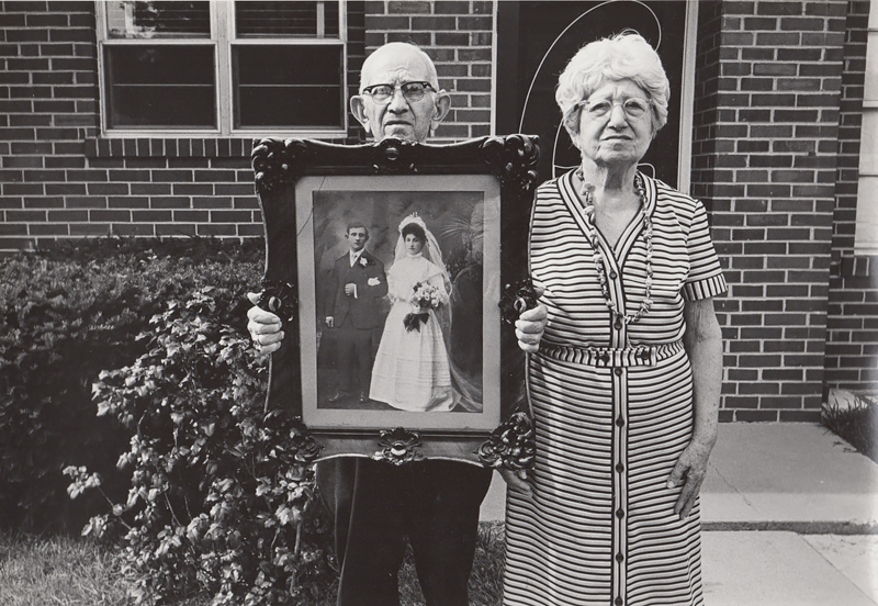 Untitled (Old couple with wedding portrait), c. 1960's<p>© Ed Sievers</p>