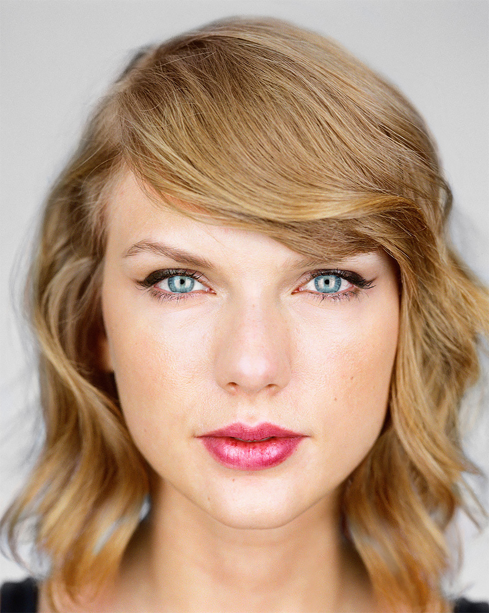 Close Up - Taylor Swift<p>© Martin Schoeller</p>