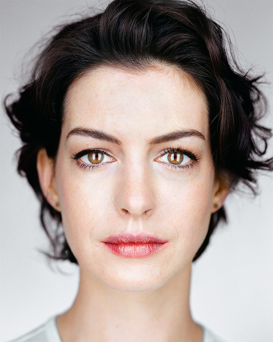Close Up - Anne Hathaway 2014<p>© Martin Schoeller</p>