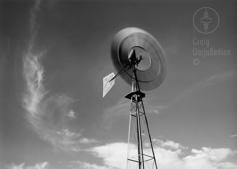 Windmill, New Mexico<p>© Craig Varjabedian</p>