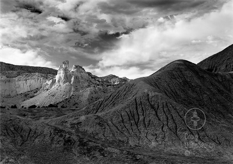 Chimney Rock Ghost Ranch<p>© Craig Varjabedian</p>