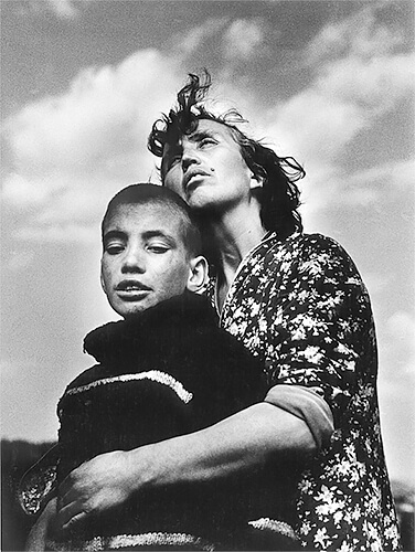 Motherhood, Bulgaria, 1988<p>© Jacko Vassilev</p>