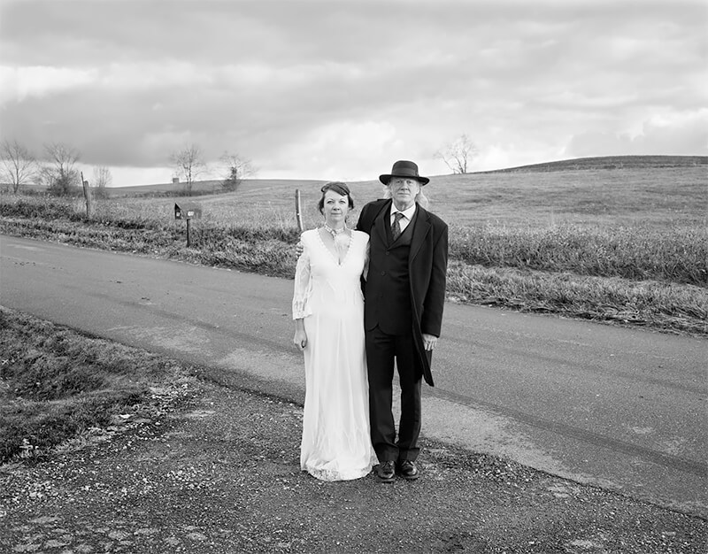 Daughter, Arathea Booth, on her wedding day with father, Bill Booth, Marshallville, Ohio, 2014<p>© Joe Vitone</p>