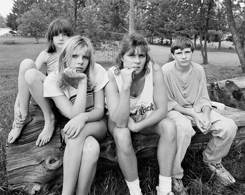 Tina, Ashley, Lerrynn, and Stevie Hummel, Norton OH, 1998<p>© Joe Vitone</p>